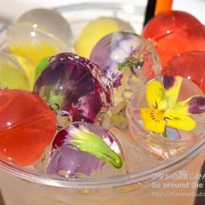 ウミカジテラス「Gallirallus Okinawa」で香港発スイーツの九龍球がキラキラ輝くドリンクを味わおう!
