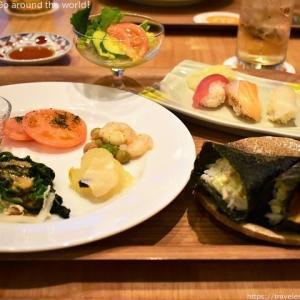 ビュッフェスタイルの食事を堪能!「ホテル日航アリビラ ヨミタンリゾート沖縄」