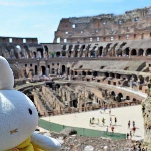 ぬい撮りトラベラーな1枚「ローマのコロッセオ」