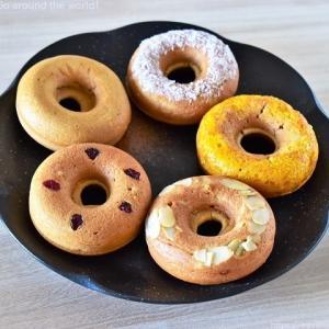 優しい甘さの焼きドーナツ。名護「しまドーナッツ」
