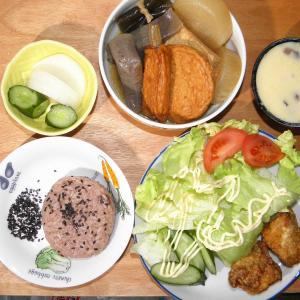 煮物と鶏の竜田揚げ
