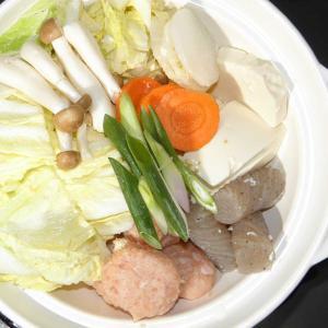 鶏つくね、鶏ガラスープ鍋