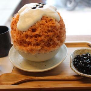 高雄市 冰屋 ふわふわ泡クリームがのった新食感!タイ式紅茶のかき氷 奶奶的什麼泰度
