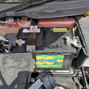 ポルシェDIYバッテリー交換。981ボクスター作業を写真で紹介
