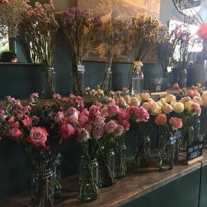 パナマのお花屋さんでフラワーアレンジメントしてきた: Silvatica Flores