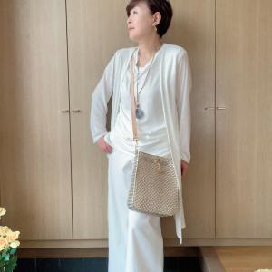 アラカン佳子の洋服コーデ…