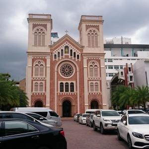 【バンコク観光】アサンプション大聖堂 ===ピンク色の可愛いタイ・カトリック教の総本山===