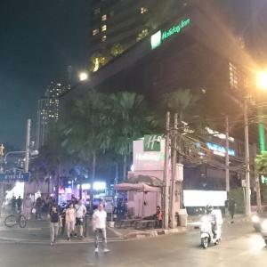 【バンコク宿泊】   Holiday Inn Bangkok Sukhumvit(ホリディ イン バンコク スクンビット )