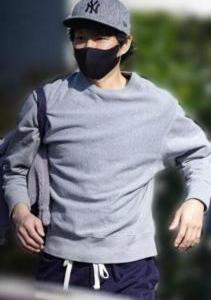 【渡部建】、豊洲市場で再出発 ウニを並べる姿も「サマになってた」 - 芸能ニュース掲示板 爆サイ.com関東版