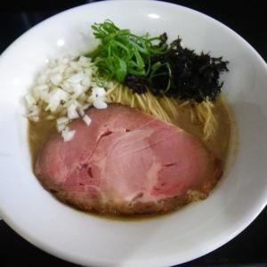 濃厚そば【煮干らー麺シロクロ】