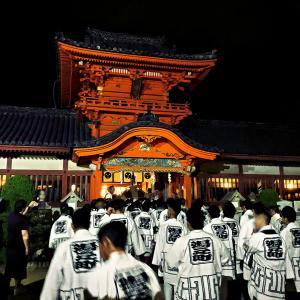 松山の秋祭りを見に行きました。