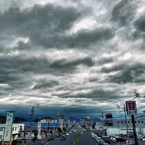 愛媛松山でも、住宅街から外に出ると風がなかなか…