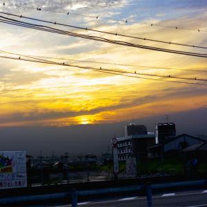 昨日の夕方の空。なかなか勢いがあり