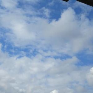2枚の雲の写真