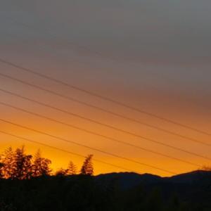 朝焼けと近所の景色