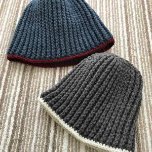 編み物。色違いニット帽