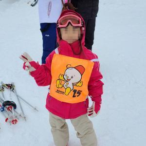 孫娘、初めてスキーに挑戦。GRANSNOW奥伊吹