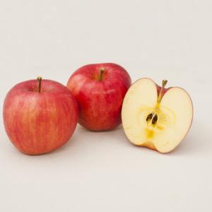 Twitter「リアルすぎるりんごの絵を描きました!」←2.5万リツイート