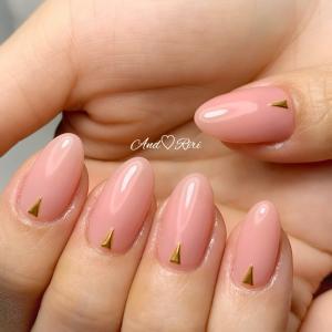 美爪が際立つシンプルワンカラー   葛飾区ネイルサロン アンドリリ