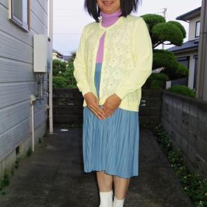 流行のミモレ丈スカートだけどオバサンっぽい その1