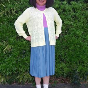 流行のミモレ丈スカートだけどオバサンっぽい その2