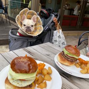 嬉しいお客さまとハンバーガーランチ♪