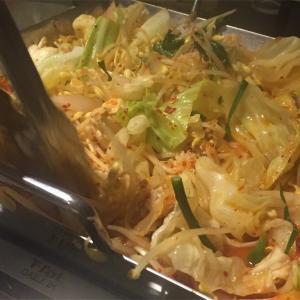 「肉山の一階」で辛い鍋を堪能
