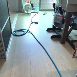 【IKEA】10メートルホースを室内で収納することにしました【洗面所】ビニールプールも一緒に収納