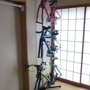 ロードバイクの保管 ミノウラ(MINOURA)P-500AL-6S(自転車ディスプレイスタンド) + ミノウラ(MINOURA)バイククレードル20.2