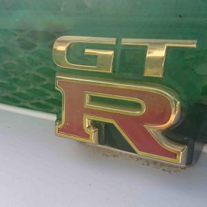 BCNR33 ゴールドエンブレム