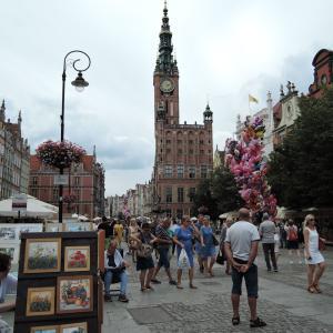 2019年夏ポーランド旅行 港町グダニスク2 市場ホールとマリアッカ通りとドゥーギ通り
