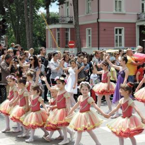 カザンラク(バラの谷)のバラ祭り