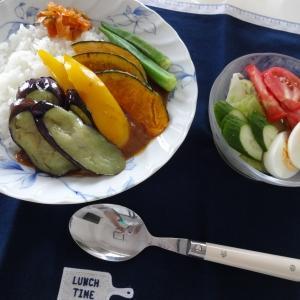 夏野菜カレーと暇な日曜日
