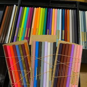 誕プレの色鉛筆