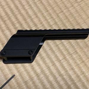 M870用のスコープマウントを改造します。