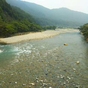 今朝の飛騨川
