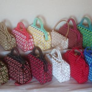 エコクラフト 4本花結び編みがま口バッグなど