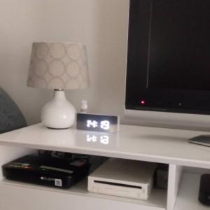 【ダイソー】ようやく入荷したSNSで話題のミラーデジタル時計
