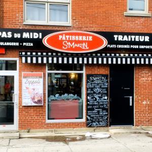 モントリオールのジャンタロン市場横のクロワッサン!Pâtisserie St-Martin