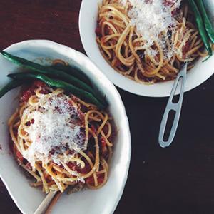 チェリー(プチ/ミニ)トマトで作る絶品パスタソース さくっと手順も紹介