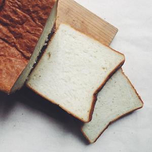 メルボルン産の食パンを試してみました。食で繋がる日本人達