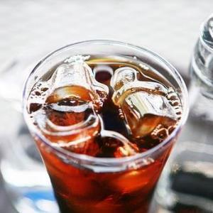 カルディで発見【GSブラックティー】味良し・コスパ良し!熱帯夜におすすめの飲料