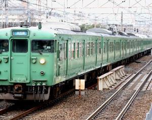 東海道本線を往くJR113系L14編成