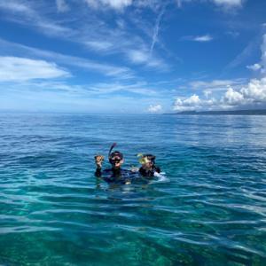 【オクマナビ】海がきれいすぎて!まぶしいです( ´∀` )