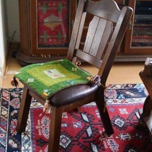 椅子を修理しました
