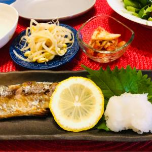 秋刀魚の塩焼きと茄子と赤Pまんの味噌炒め!