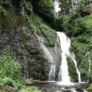 【滝】清里町の山奥にある秘境の滝「男鹿の滝」