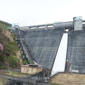 """【ダム】ブギウギ専務愛が強いダム!北海道では珍しいループ橋も一望できる""""朝里ダム"""""""