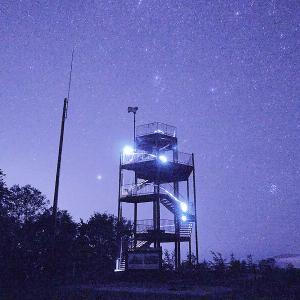 """【夜景】満天の星空が手に届きそうな光景が広がるまさに宇宙!清里町にある星空スポット""""宇宙展望台"""""""