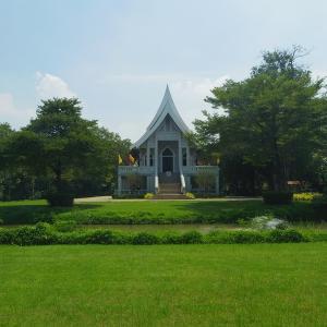 Wat Nyanavesakavan/วัดญาณเวศกวันを歩く!